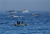 الکیان الصهیونی یستهدف مراکب الصیادین شمال غزة
