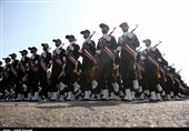 Iran Holds Military Parades to Mark Sacred Defense Week (+Video)
