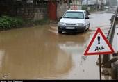 بارش شدید باران و آبگرفتگی معابر رودسر گیلان به روایت تصویر