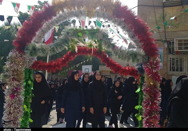 آغاز سال تحصیلی جدید در مدارس استان بوشهر به روایت تصویر
