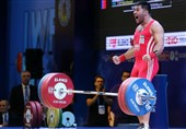 Ali Miri Bids Farewell to Iran Weightlifting Team
