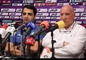 کرمان| واکنش بگوویچ به شعار هواداران گلگهر: فراموش کردم 15 سال است که در لیگ برتر هستید!