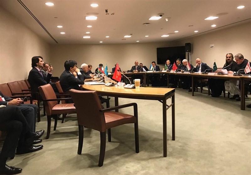 حضور ظریف در نشست وزرای خارجه کشورهای عضو اکو