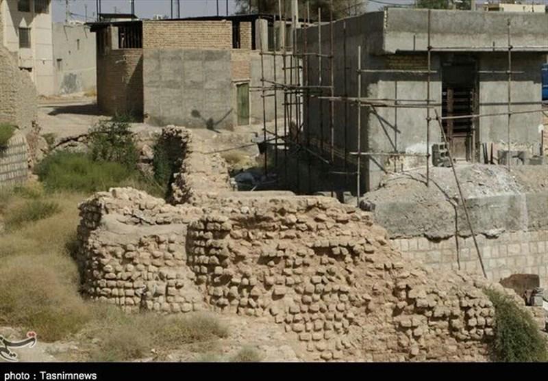 تجاوز به حریم سازه آبی تاریخی لار در پی اقدام شتابزده شهرداری