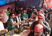 برپایی موکب امامزاده عبدالله (ع) کلاله در کربلای معلی/پذیرایی روزانه از 5500 زائر