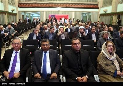 میهمانان خارجی حاضر در مراسم اختتامیه«پنجمین جایزه جهانی اربعین»