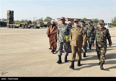بازدید فرمانده کل ارتش از منطقه پدافندی جنوب غرب و پایگاه هوایی امیدیه