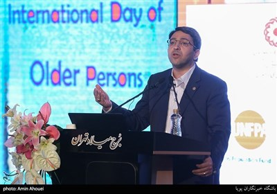 وحید قبادی دانا رئیس سازمان بهزیستی در مراسم روز جهانی سالمند