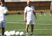 باشگاه پرسپولیس: کالدرون نام هیچ مهاجمی را اعلام نکرده است/ گزینههای مطرحشده تحت قرارداد باشگاههای خود هستند