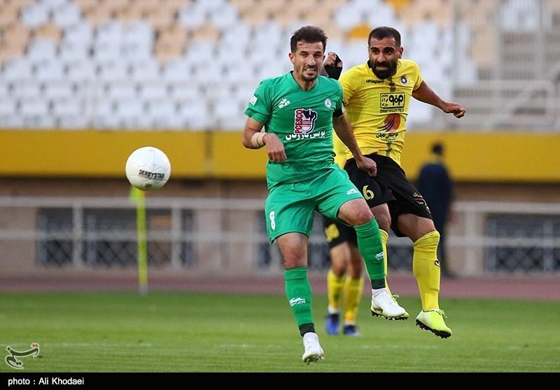لیگ برتر فوتبال| سپاهان نیمه اول دربی اصفهان را برد