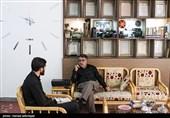 """گفت و گو با امیر خورشیدی فر تهیه کننده و کارگردان برنامه مستند تلویزیونی"""" از آسمان"""""""
