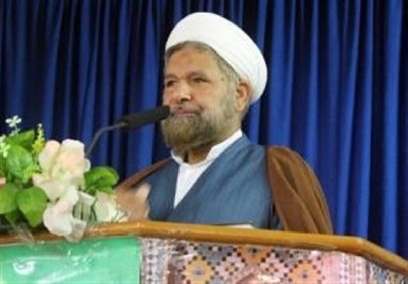 امام جمعه قشم: یکصدایی مسئولان موجب موفقیت ایران در مناسبت جهانی میشود