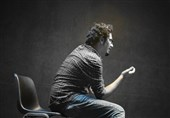 """صدرا صباحی: نسل ما فارغ از کیفیت تئاتر به """"چگونه سلبریتی بیاوریم"""" فکر میکند"""