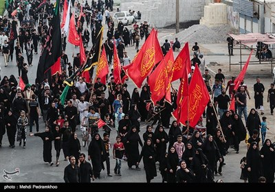 Large Caravan of Arbaeen Pilgrims Leave Iran for Iraq