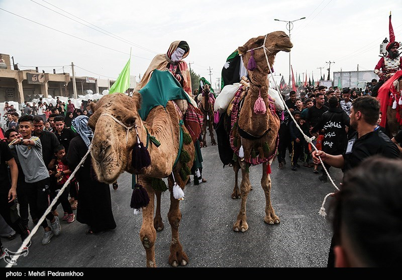 Large Caravan of Arbaeen Pilgrims Leave Iran for Iraq