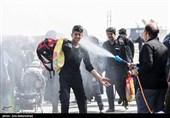 اخبار اربعین 98| شکوه و عظمت حضور زائران اربعین در مرز مهران + فیلم
