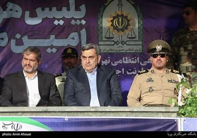 پیروز حناچی شهردار تهران در صبحگاه عمومی نیروی انتظامی