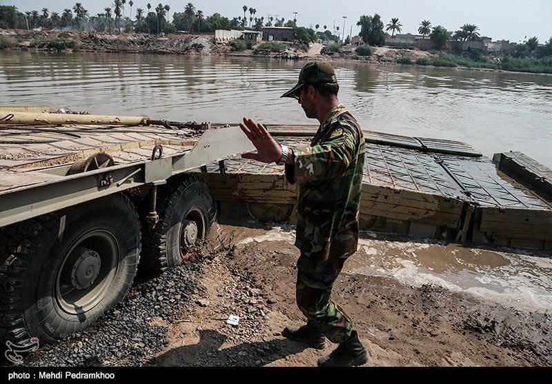 نصب و راهاندازی دوباره پل ارتباطی دهستان عنافچه به ملاثانی توسط گروه 422 مهندسی رزمی اهواز-ارتش