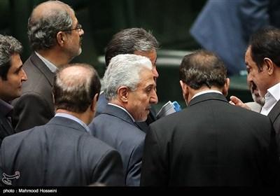 منصور غلامی وزیر علوم، تحقیقات و فناوری در صحن مجلس شورای اسلامی