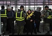اخبار اربعین 98| روایت تسنیم از خدمترسانی یگانهای ویژه ناجا به زائران اربعین + فیلم