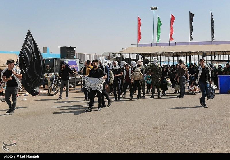 ستاد مرکزی اربعین: زائران از مراجعه به مرزها تا حل مشکل حملونقل در عراق خودداری کنند