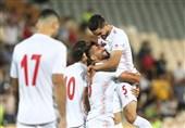 مهرداد محمدی: میخواهیم در بازی با بحرین هم دل مردم را شاد کنیم/ از اینکه در کنار میلاد در تیم ملی هستم خوشحالم