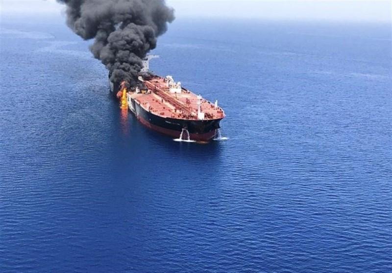 انفجار در بدنه نفتکش ایرانی در دریای سرخ/ احتمال اصابت موشک