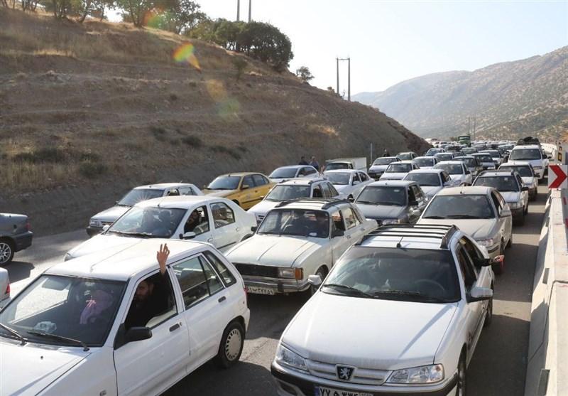 ترافیک در محورهای مواصلاتی مازندران سنگین است