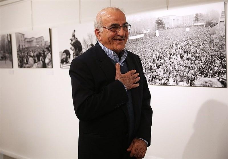 قاسم محمدی:هنر عکاسی پس از انقلاب زنده شد