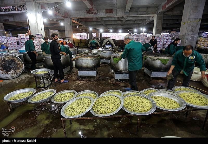 اخبار اربعین 98  روزانه 98 هزار پرس غذا توسط بوشهریها بین زائران اربعین توزیع میشود