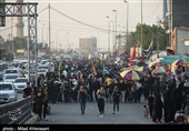 تازهترین اخبار اربعین 98| خروج مطلوب زائران از مرزهای چهارگانه / استقبال عراقیها از موکبداران ایرانی / تشدید موج بازگشت زائران + فیلم