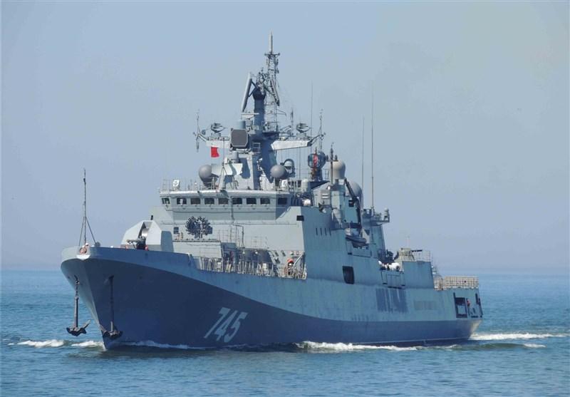 شلیک کشتی نظامی روسیه در دریای مدیترانه+فیلم