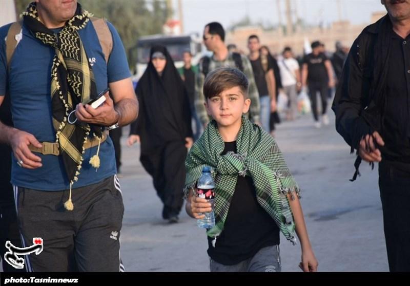 اخبار اربعین 98 | در وصف عشق کودکان به امام حسین(ع) به روایت تصویر