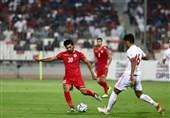 چه کسی از دیدار ایران - بحرین عکاسی کرد؟ + تصاویر زشت!