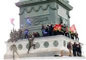حمله پلیس فرانسه به آتش نشانان معترض با گاز اشک آور