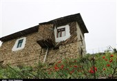 روستایی بر روی تخته سنگ در اشکورات گیلان + تصاویر