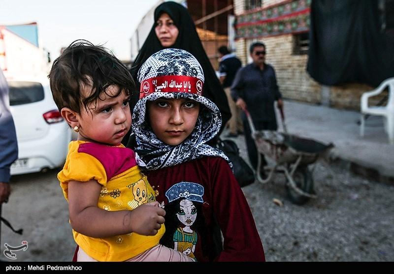 زائرین اربعین حسینی در پایانه مرزی چذابه