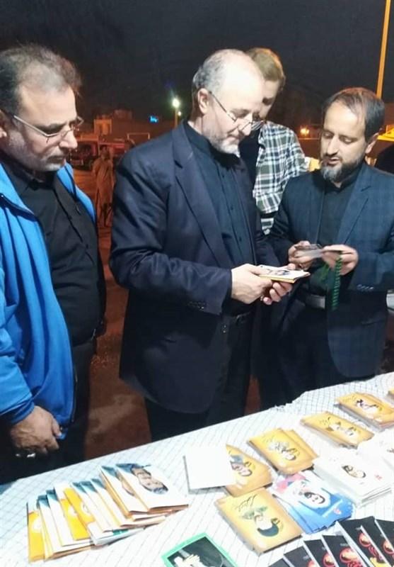 اخبار اربعین 98  تاکنون 20 هزار کارت نائب الشهید بین زائران اربعین توزیع شده است