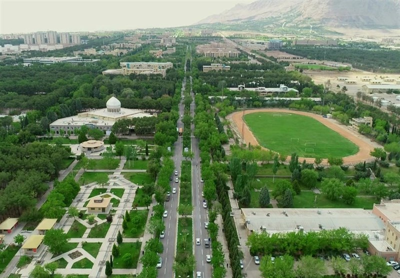 دانشجویان دانشگاه اصفهان در جستجوی یک «اتوبوس خالی»؛ مشکل کجاست؟