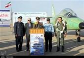 ایران تزیح الستار عن أول طائرة نفاثة تدریبیة - قتالیة + صور
