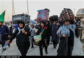 تازهترین اخبار اربعین 98| تداوم خدماترسانی موکبها به زائران / بازگشت زائران به ایران / مسیر ایلام ـ مهران دوطرفه شد + تصاویر