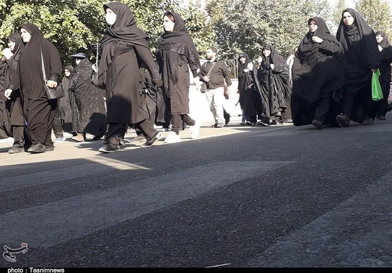اخبار اربعین 98| شکوه مراسم پیادهروی جاماندگان اربعین نشان از تقویت روحیه مقاومت مردمی است