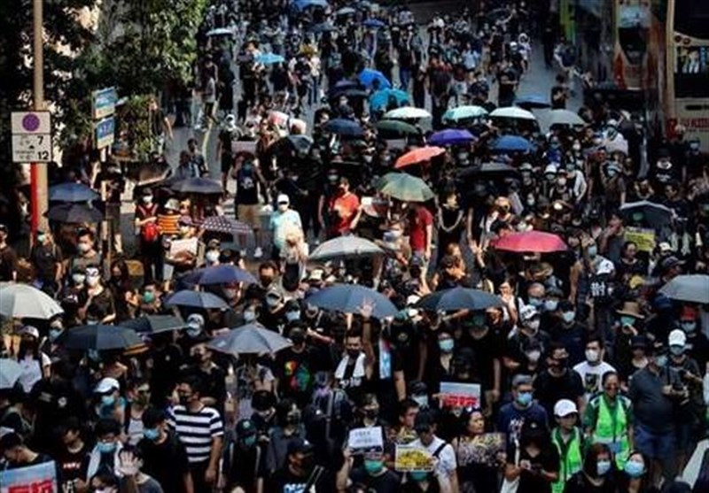Thousands Stage Illegal Hong Kong March; Shops, Metro Stations Trashed