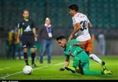اصفهان  فخرالدینی: ریشه نتیجه نگرفتن تیم بدشانسی است؛ مستحق باخت نبودیم