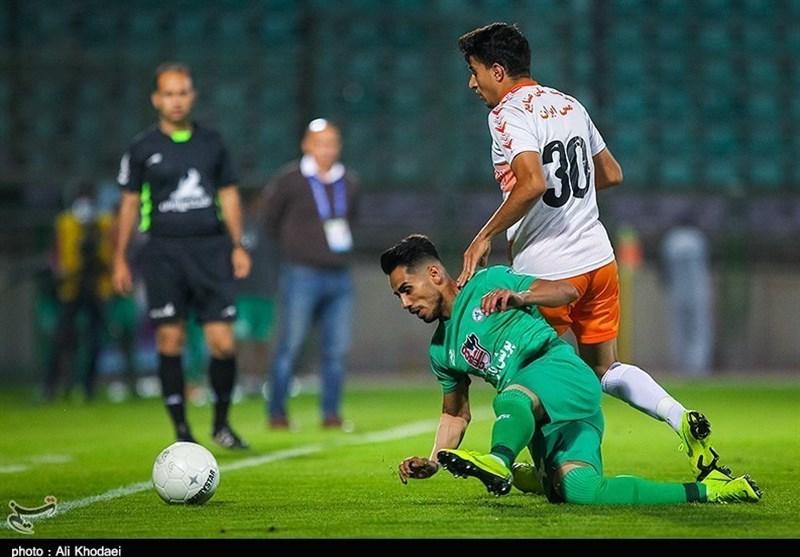 اصفهان| فخرالدینی: ریشه نتیجه نگرفتن تیم بدشانسی است؛ مستحق باخت نبودیم