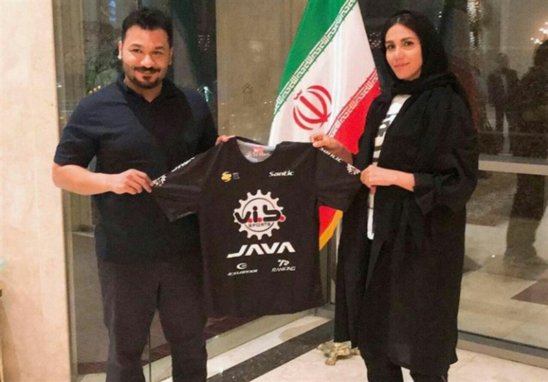 Iranian Woman Yazdani Joins Spanish Cycling Team Teka