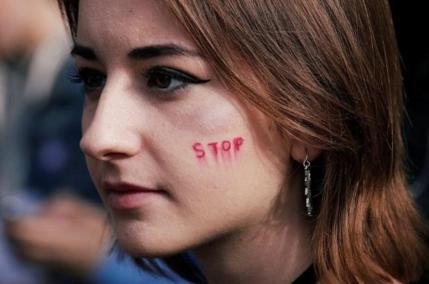 """افزایش ۵۳ درصدی """"خشونت جنسی"""" در فرانسه صرفاً در یک سال! + تصاویر,"""