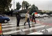 """عکس/ تشکیل """"دریاچههای فصلی"""" در بزرگراههای تهران با بارش باران!"""
