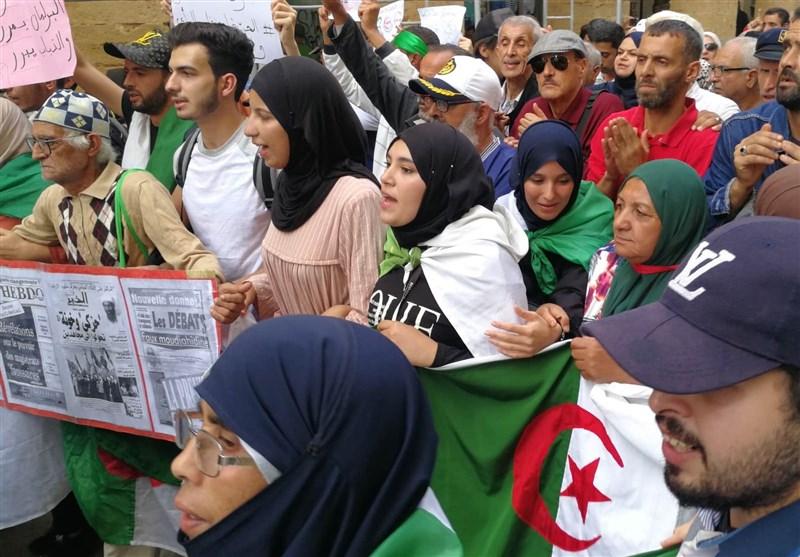 تظاهرات گسترده در الجزایر زیر باران شدید / تاکید بر رفتن چهرههای نظام گذشته