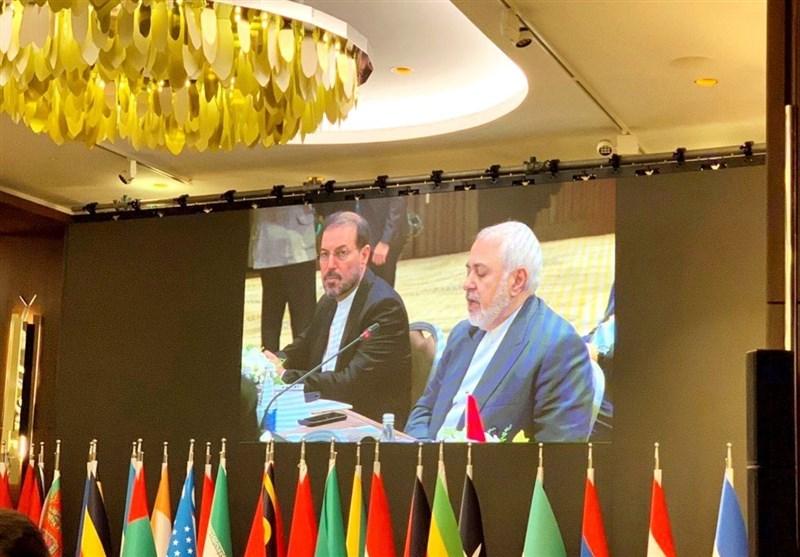 Iran's Zarif Slams US Addiction to Sanctions, Economic Terror